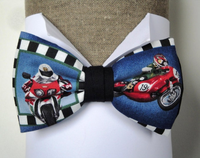 Motorbikes bow tie, pre tied, design 1, on an adjustable neck band will fit neck size up to 19.5 inches