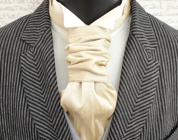 Scrunchy Wedding Cravat, Champagne Silk Dupion Wedding Cravat, Groom Cravat, Groom Ascot