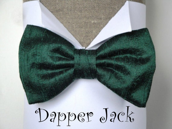 """Silk Bow Tie in British Racing Green, pre tied or self tie on an adjustable neck band, will fit neck size up to 19.5"""" (48cms)"""
