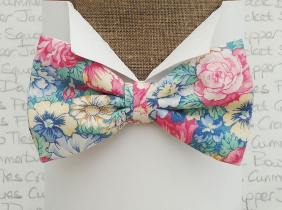 Bow ties for men, floral bow tie in pastel shades
