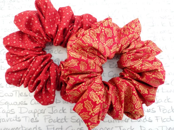 Two Christmas Scrunchies, Red Scrunchies For Christmas, Gifts For Girls, Cool Scrunchies, Trending Hair Accessories