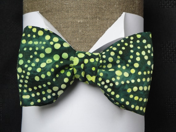 Pale Green Dots on a Dark Green Cotton Batik, Fathers Day Gift, Bow Ties, Wedding Bow Tie