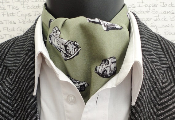 Car print reversible cravat, ascot. Historic car print cravat