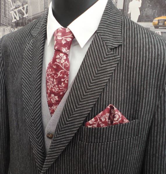 Neck tie and pocket square set, burgundy floral tie and pocket square