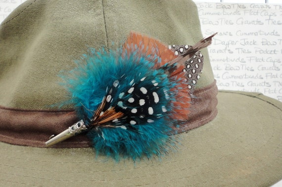 Feather hat pin ,Feather lapel pin, Feather Boutonniere