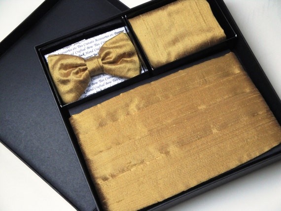 Cummerbund , bow tie and pocket square set in gold silk dupion, wedding cummerbunds