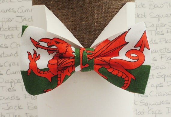 Welsh Flag Bow Tie, Bow Ties For Men, Pre-tied Bow Tie, Red Dragon Bow Tie