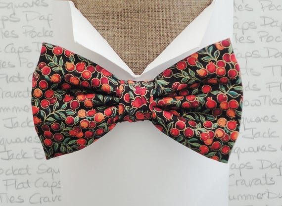 Winter berries pre tied bow tie, bow ties for men