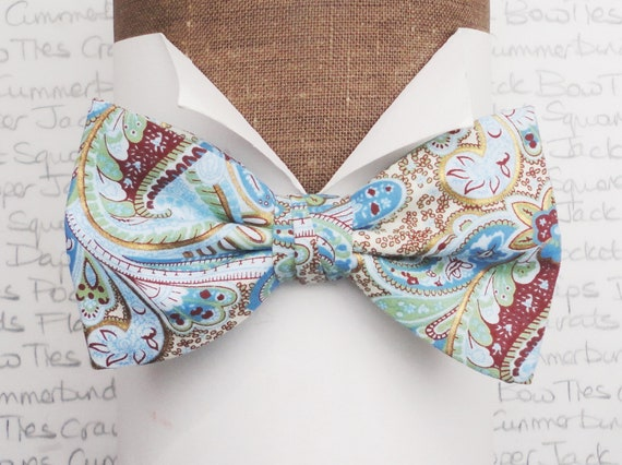 Pale Blue Paisley Bow Tie, Summer Bow Tie, Wedding Bow Tie
