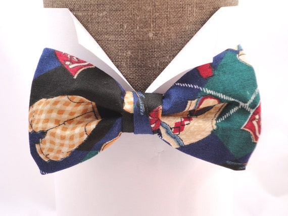"Golf print cotton pre tied bow tie, will fit neck size up to 20"" (50cms)"