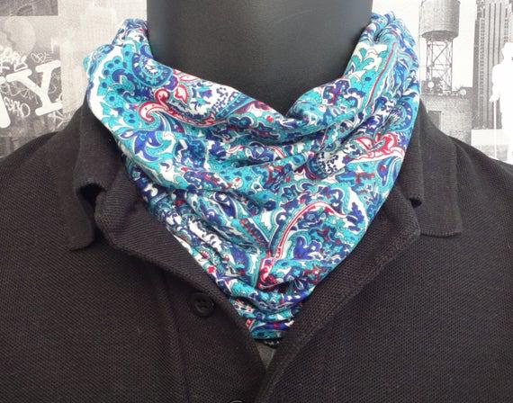 Neck tube, snood, blue paisley neck tube