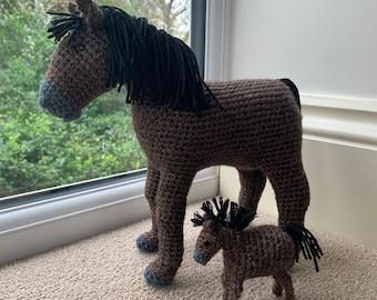 Horse with Foal Crochet Pattern