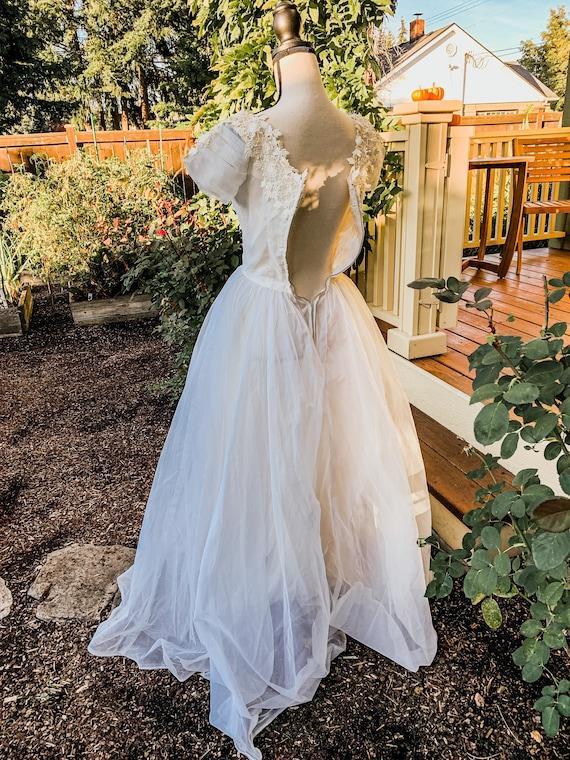 Vintage wedding dress ball gown - image 7