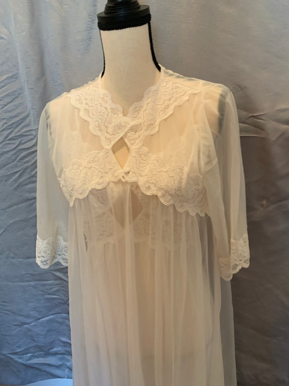Vintage lace peignoir set