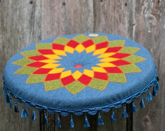 Mandala patterned cushion, Round seat pad, floor cushion, meditation pillow for yoga studio, picnic, resting corner, Patio & outdoor