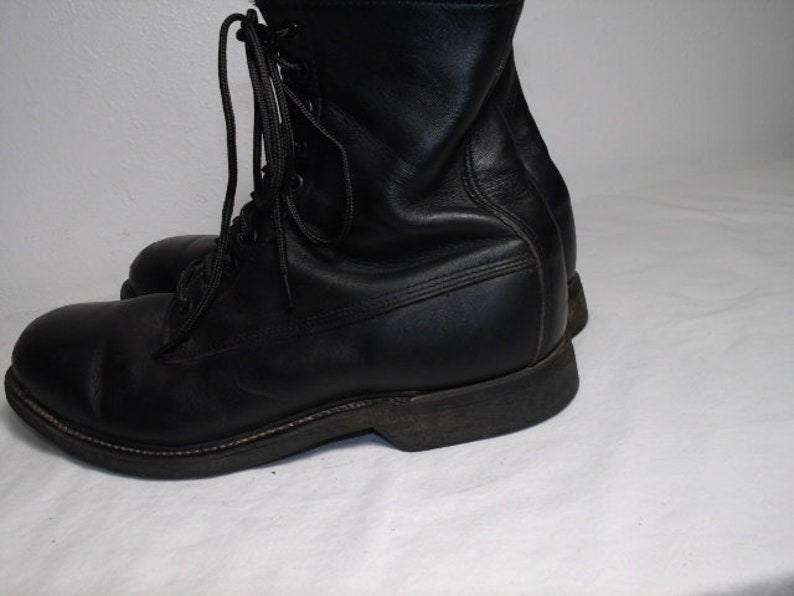 03826e16f9d3e Men Size 11 1/2 Vintage 1994 Wolverine Black Steel-Toe Combat Boots With  Oil-Proof Soles