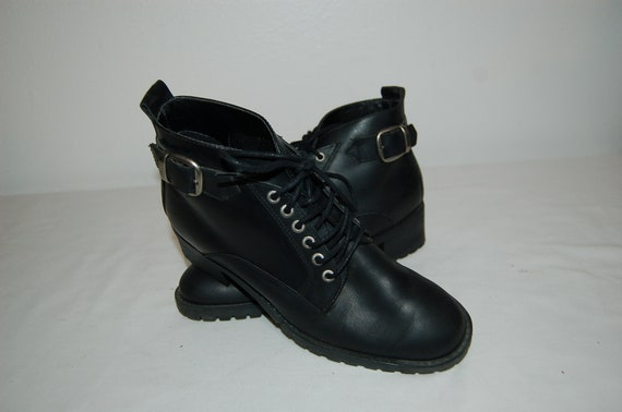 Vintage Women 80s fashion Boots Black Ankle