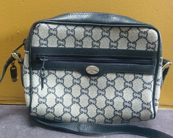 eb0388b648a6 Authentic Gucci Plus Handbag with Certificate - Vintage Crossbody Bag-  Excellent Condition - Adjustable Shoulder Strap