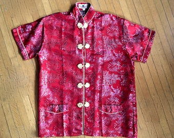 cab87f60e6f5c3 LOVELY Vintage Red & Gold CHINESE top/bed jacket in wonderful BROCADE  fabric size Large
