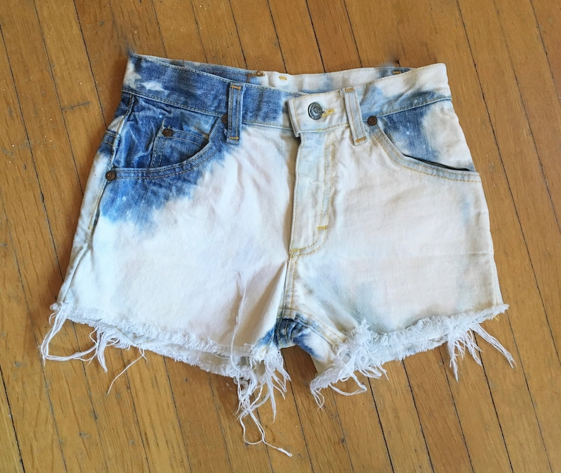 Dating vintage Lee jeans