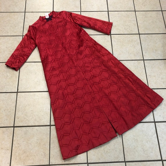 LOVELY vintage 1950s/60s RED QUILTED house coat si