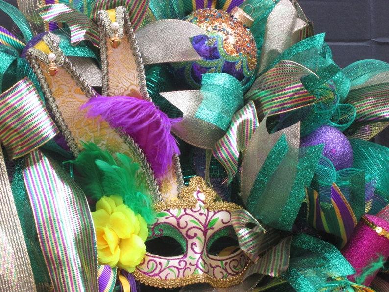 Front Door Wreath, Mardi Gras Wreath for Front Door Mardi Gras Wreath Mask Wreath New Orleans Wreath Fat Tuesday Wreath