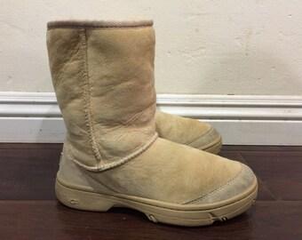 14f32e4a7a0 Vintage ugg boots | Etsy