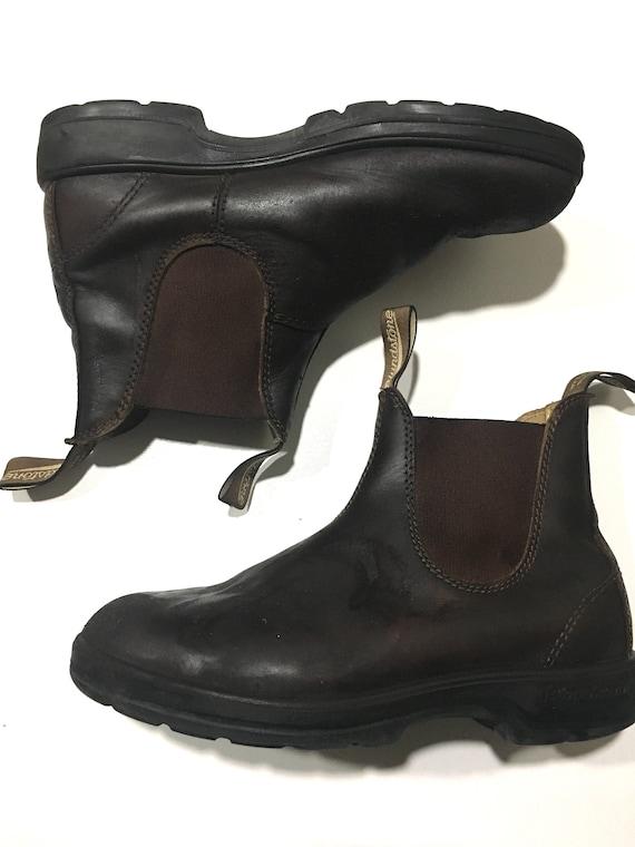 Brown leather blundstone women size 7us=4aus