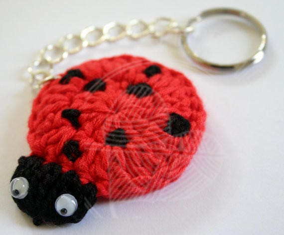 Coccinella Portachiavi Amigurumi Tutorial - Keychain Ladybug ... | 471x570