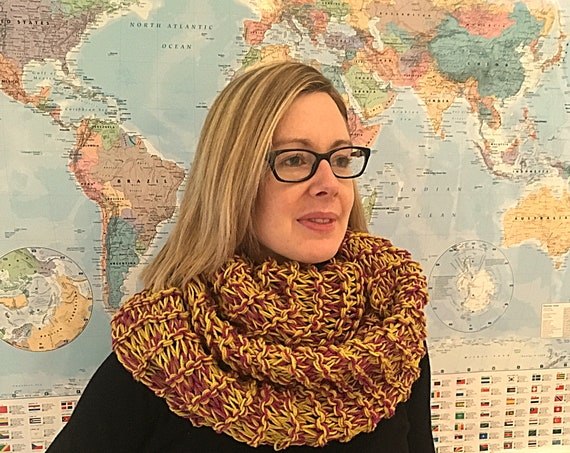 Woman's Hand Knitted Cowl-Circular Scarf-Infinity Scarf-Gift For Girlfriend-Women's Fashion Accessories-Women's Knitted Clothes-Gift For her