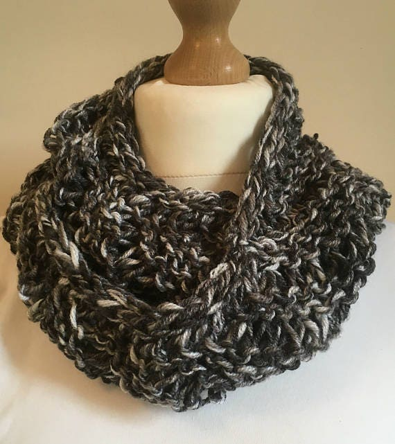 Infinity Scarf-Hand Knitted Scarf-Circular Scarf-Unisex Clothing-Unisex Accessories-Wool Scarf-Women's Scarf-Mans Scarf-Accessory Gift-Knits