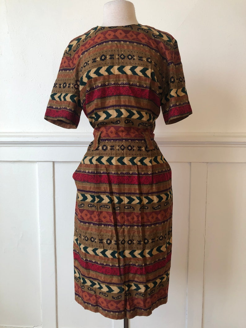 Bold Striped 90s Dress with Belt Loops *and pockets!* size 10