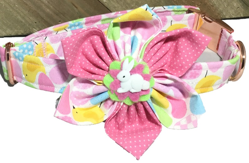 Pink Easter Egg and Chicks Collar with Flower for Cats and image 0