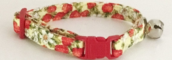 Red & Yellow Strawberry Floral Cat Collar with Breakaway Buckle and Bell
