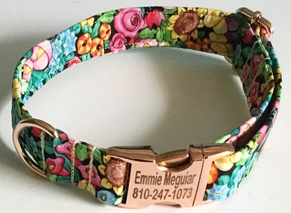 Engraved Floral Collar with Rose Gold Metal Buckle