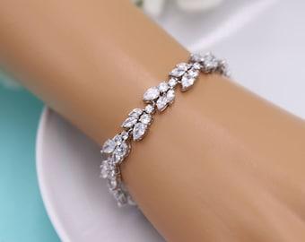 Wedding Bracelet, Bridal Bracelet, cz bracelet, cubic zirconia bracelet, bridal jewelry, wedding accessories, Camilla Bracelet