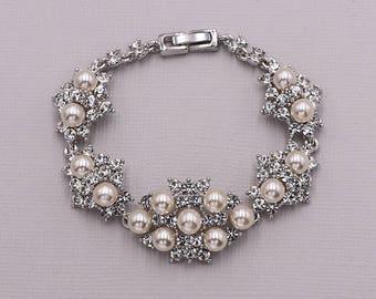 Bridal bracelet, ivory wedding bracelet, rhinestone pearl bracelet, crystal ivory white pearl bracelet, bridal jewelry, Libby Pearl Bracelet