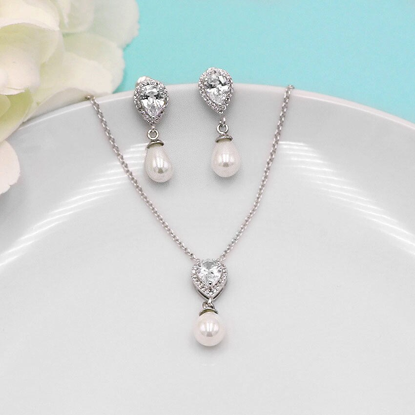 Jewelry for Bridesmaids Bridesmaid Personalized Jewelry Set Bridesmaid Jewelry Bridesmaid jewelry git Lauren Bridesmaids Jewelry Set