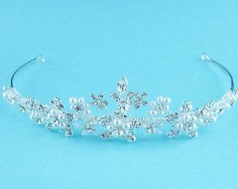 SALE! Crystal bridal tiara, wedding tiara, wedding headpiece, pearl tiara, crystal bridal accessories, Kira Pearl Swarovski Tiara