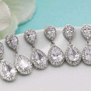 Hermione Daisy Rose Quartz Earrings Silver Flower Dangle Crystal Stud for Women Bridesmaid Studs Maid of Honor Gift Ideas