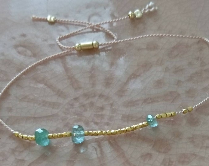 Raw emerald bracelet with gold vermeil style nuggets, May birthstone gift for her, for best friend, skinny jewellery, friendship bracelet