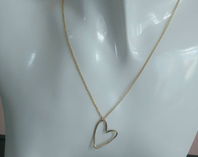 Heart pendant in 14k gold fill, hammered gold heart