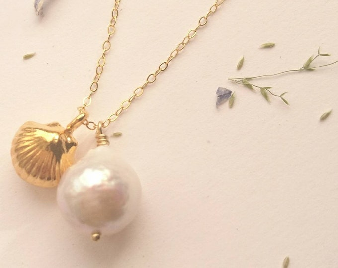 Gold Shell and pearl pendant, charm necklace