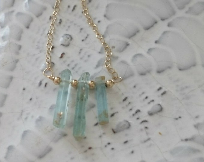 Raw aquamarine necklace in 14k gold fill chain, three batons  necklace with gold beads, modern minimal elegance, one of a kind