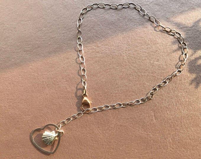 Silver bracelet with heart and shell charms, shell bracelet, beach wedding, beach bride,contemporary summer bracelet