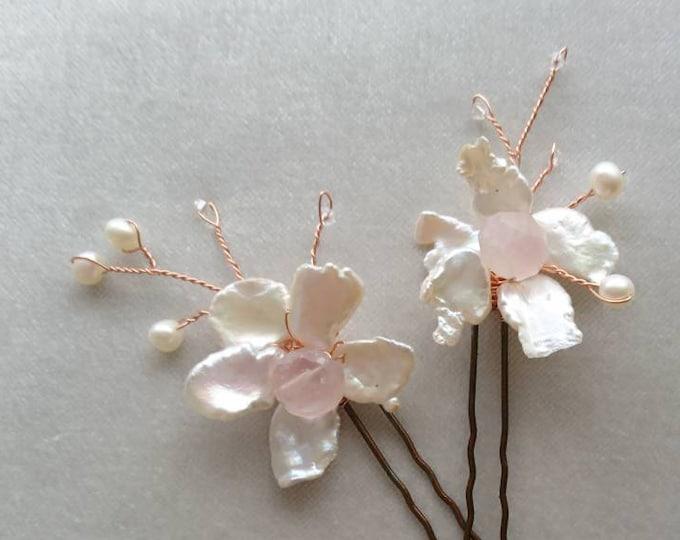 Pearl hair pins, Flower hair grips, bridal hair pins, roses, bride, summer party, pearl hair accessories, hairpins bride, hair jewellery