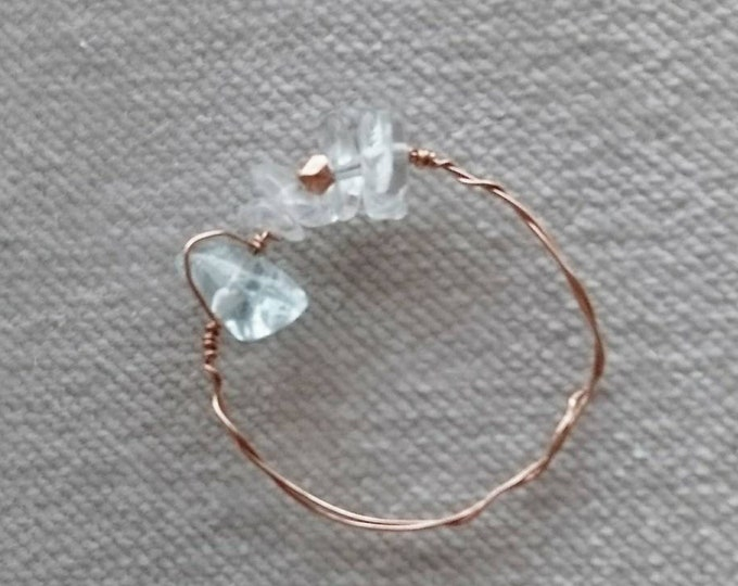 Aquamarine ring, aquamarine chips rose gold wire ring,dainty jewelry,dainty gold ring,March birthday gift for her,birthstone March, blue