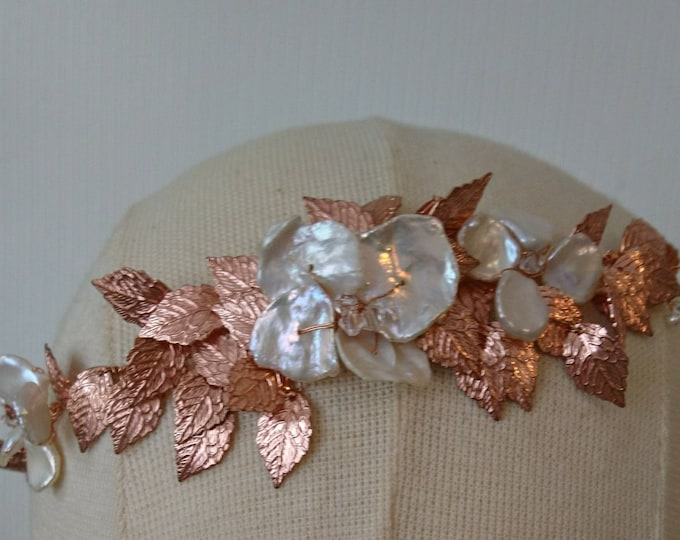 Rose gold headdress, leaf headband, pearl crown with rose gold leaves and Swarovski crystals, bridal hair accessory,