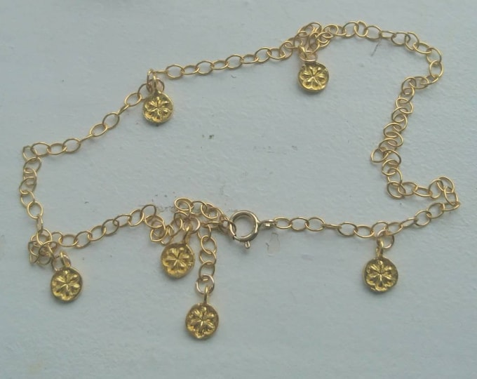 Anklet gold with vermeil flower charms