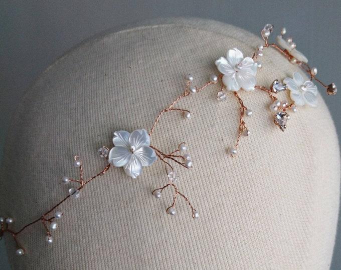 Pearl hair vine rose gold, pearl blossom vine tiara, pearl bride accessory, romantic bride, summer wedding,boho  hair vine, country wedding